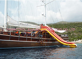 ประเทศจีน Huge Inflatable Water Slide , Inflatable Cruiser Slide For Yacht games โรงงาน