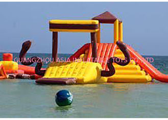 ประเทศจีน Mayan Beach Inflatabled Aqua Park / Floating Obstacle Course For Rental โรงงาน