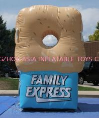 ประเทศจีน Gaint Inflatable Bottles / Family Express Donut Inflatable Football Toss โรงงาน