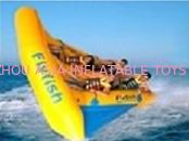 ประเทศจีน Exciting Inflatable Flying Fish Boat for Entertainment , Easy To Set Up โรงงาน