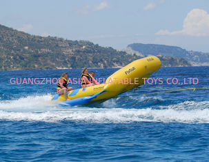 ประเทศจีน Yellow 0.9mm PVC tarpauli Inflatable Flying Fish Boat With Handles โรงงาน