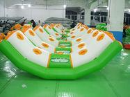 0.9mm Pvc Tarpaulin Inflatable Water Seesaw With 4 Seats En71-2 ผู้ผลิต