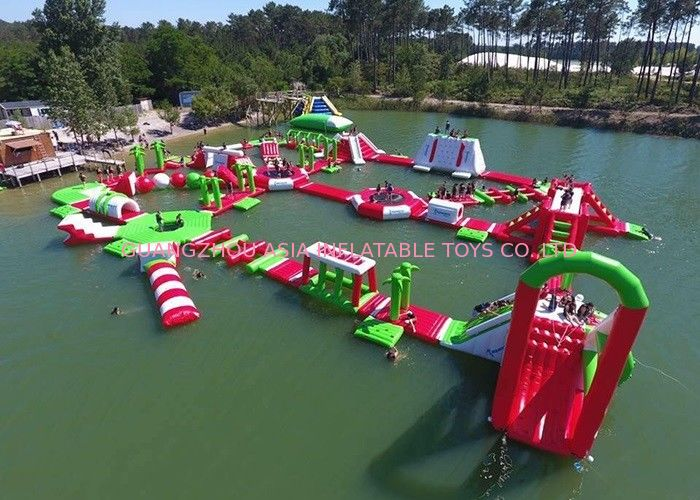 Red and Green Moving Inflatable Aqua Water Park For Sea Or lake ผู้ผลิต