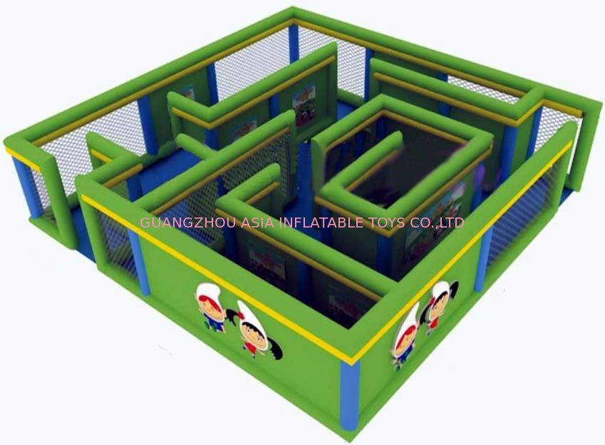 Durable Green Maze Game For Chilren, Inflatable Chilren Park Games ผู้ผลิต