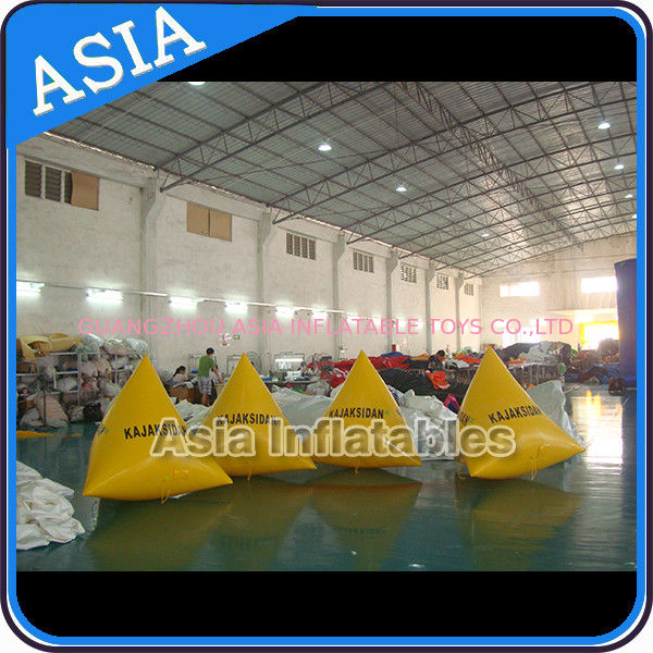 Inflatable Triangular Shape Marker Floating Buoy For Advertising And Water Games ผู้ผลิต